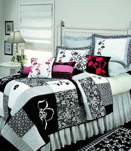Brenna Black And White Floral Quilted Bedding The Frog