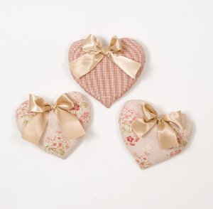 Emma Set of Three Hearts