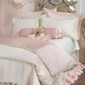 Glenna Jean Victoria Bed Set