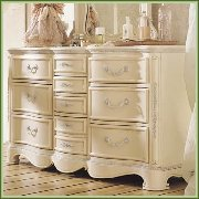 Boys & Girls Dressers