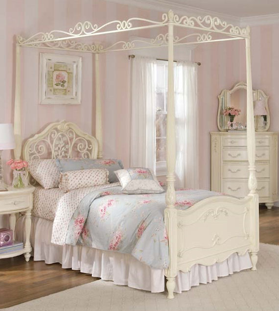 Romance Twin Canopy Bed The Frog And Princess