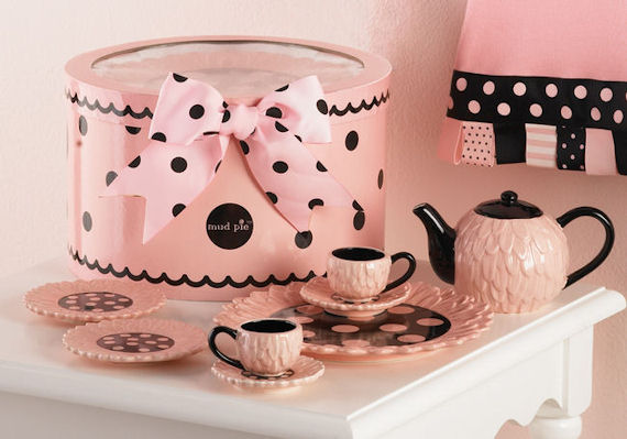 Perfectly Princess Tea Set - The Frog and the Princess
