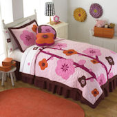 Flowers For Hanna Quilt and Sham Bedding Set