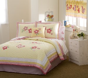 Golden Trail Quilt Set