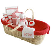 Cable Knit Moses Basket Gift Set in Red